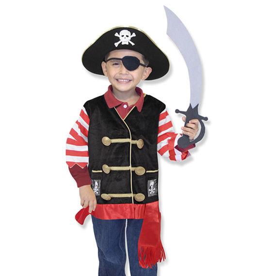 Melissa   Doug - Kompletní kostým - Pirát 5280b6a8117